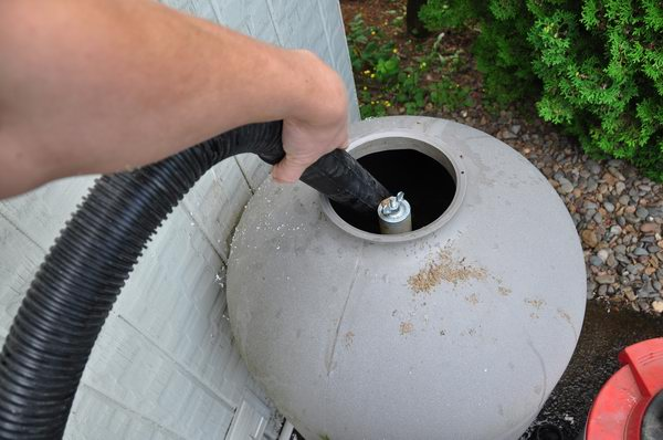 Replacing Sand In A Swimming Pool Sand Filter